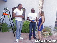 blacks on moms channel grosse bite gros seins pipe