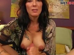 milf hd matrigna cum shot culo grosso