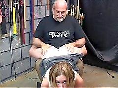 bdsm étudiante lingerie seins gros seins
