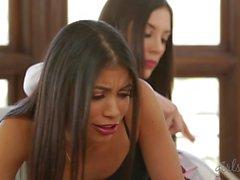 Veronica Rodriguezin sekä häntä opiskelija- Jelena Jensenin