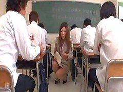 Japanska lärare får en lektion Part1 ... F70