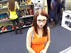 Babe in glasses screwed at the pawnshop for a diamond ring