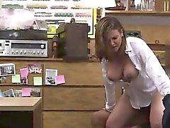 Más de 50 mamadas Foxy Business Lady Gets Fucked!