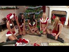 Audrey Bitoni - Cambio de regalos por el árbol de Navidad!