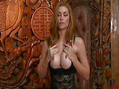 Heather Vandeven s İnanılmaz Solo Performansı