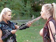 Lesbiana Samurai Ashley Das Bulgari und Danielle Mayes