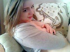 Sexy Blondine Jana Cova heiße Selbstbefriedigung auf ihrem Bett