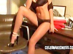 De célébrité qu'Alice goodwin de gros seins en culotte nue glamour shoot