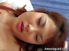 Sucção galo quente japonês menina e fica part3