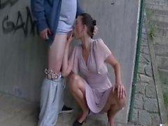 Pareja tiene sexo bajo el puente - más vídeos BISEXERdotCOM