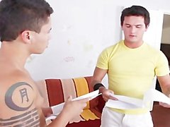 Brody Wilde & Dante Escobar se follar y chupar en el video caliente!