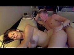 Busty телка получает выебанная посредством молодому человеку