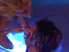 Jenna Jameson & Teanna KAI näytelmiä sekä .