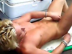 Geraden blond Stück Pfandhaus Abstreifen