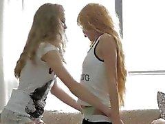 Teenager che grazia piscio 2 ragazze ficcare uno persona molto calda !