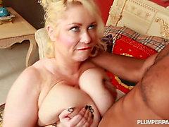 Samantha-38g-fuck's a fan