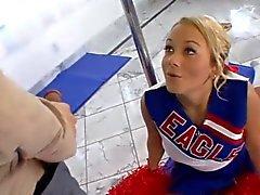 Cheerleader hijo flexible ame del pene