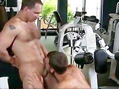 Gym ебать : Джон Magnum и Стивена Дайгле