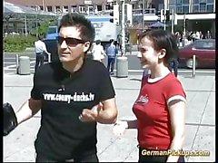 ung tysk tonåring plockas upp för utomhussex