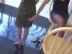 Crissy Moran et un mp_ Natasha Dollin dans Very Personal ASSistants