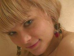 Ucraniana Anna - tener una ducha