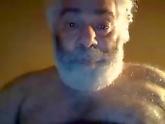 Hairy horny NY daddy bear jerks off on webcam