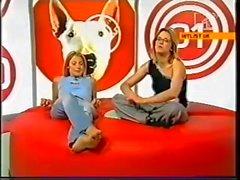 Во Кат Дили & Эдит Бауман босиком по MTV 2