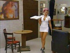 De betty - Pizza Commander un plat