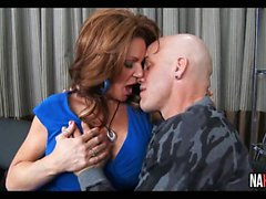 Redhead Hot Mom Deauxma