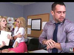 Office kolmikko Fun Aaliyah rakkauden , Ashley Laukaisee
