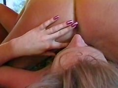 Jenna Jameson & Kylie Ireland - Up and Cummers