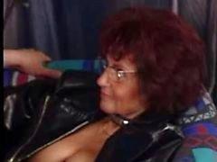 Granny perfurado fode Novamente