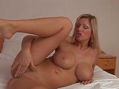 Carol Goldnerova brinquedo anal