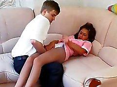 Foda-se com o jovem empregada