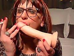 A cynthia Joelle non fumatori Dildo in Slut