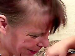 Zwei Deutsche Oma im Porn Casting mit Stranger Opa