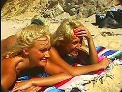 blowjobs gezichtsbehandelingen trio blondjes