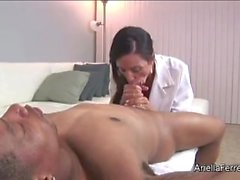 Doutor Ariella Ferrera suga / titfuck galo negro