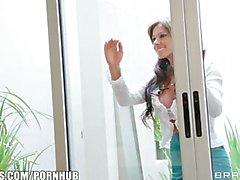 Posizione dominante di Latina Mature di Esperanza Gomez scopa il suo vicino di casa