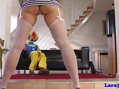 Ältere brit facialized von Clown nach ficken
