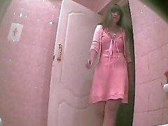 Cam escondido en el baño - 3