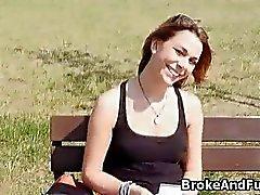 el estudiante rompió pita en parque de por dinero