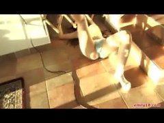 Emilie de 18 ( en las Escaleras Vous jugando Como de Una bebe )