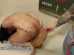 BDSM subtile toilettes salope défoncée analement dur