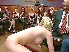 golear profundo y ranura para una prostituta lasciva