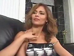 AMWF Latina Monique Fuentes interracial com cara asiática