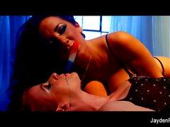 divertente lesbica di Jayden Jaymes e Nikki Rodi