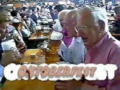 Kahteen saksalaiseen Grandpas imevät n Pano