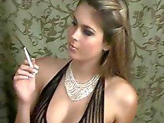 Roken in Sexy Lingerie