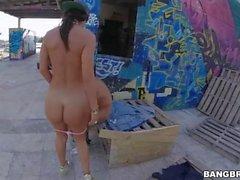 Franceska Jaimes Squirts Outdoors